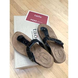 Taos Footwear Women's Pam Sandal 6-6.5